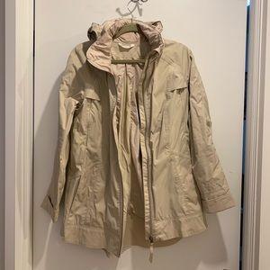 Lululemon khaki rain jacket size 8